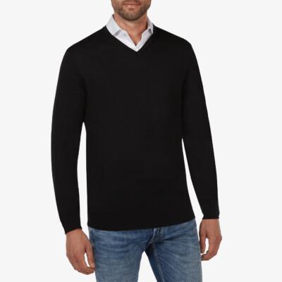 Kingston v-neck pullover, Black