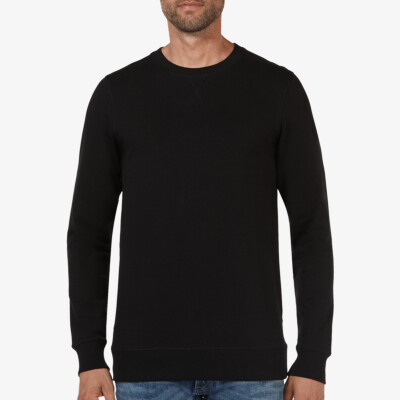 Long black crew neck regular fit Girav Princeton Light sweater for men