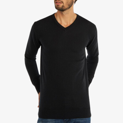 Long black V-neck regular fit Girav Montreal merino pullover for men