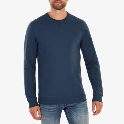 Princeton Lightweight Sweater, Dark jeans